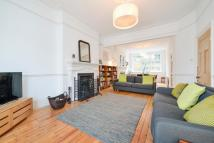 6 bed Terraced house in Woodland Gardens...