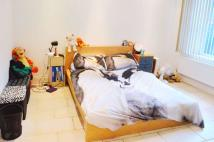 1 bed Flat to rent in High Street, Acton