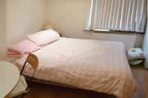 Studio flat to rent in Emanuel Avenue, Acton