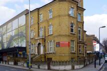 Flat in High Street, Acton