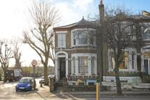 3 bedroom Flat for sale in Drakefell Road...