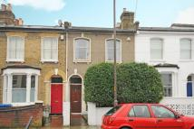 3 bed semi detached home in Hollydale Road, Peckham