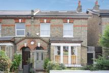 5 bed semi detached home in Carden Road, Nunhead