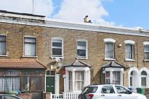 2 bedroom Flat in Brayards Road, Peckham