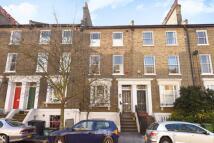 2 bedroom Flat in Nettleton Road...