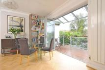 5 bedroom Terraced house for sale in Girdwood Road...