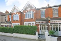2 bedroom Maisonette in Replingham Road...