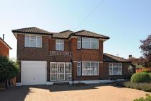 5 bed Detached property for sale in Lonsdale Drive, Enfield...