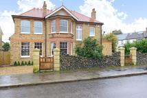 Queen Annes Grove Detached house for sale