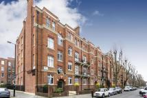 Flat for sale in Grantully Road...