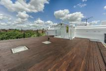 2 bed Flat for sale in Sutherland Avenue...