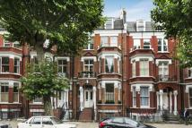Flat for sale in Sutherland Avenue...