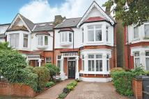 5 bed semi detached house in Braxted Park, Streatham
