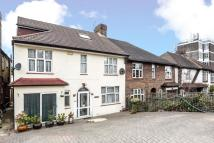 5 bed Terraced home in Leigham Court Road...