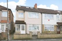 5 bedroom Terraced house for sale in Rosemead Avenue, Mitcham