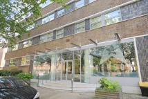 2 bed Flat for sale in London Road, Norbury