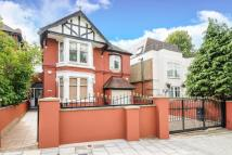 5 bedroom Detached house in Streatham Common South...