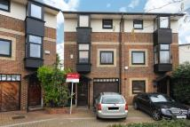 4 bedroom semi detached home in Barnfield Place...