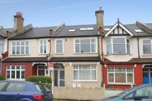 Maisonette for sale in Links Road, Tooting