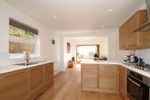 4 bedroom Terraced property in Finborough Road, Tooting...