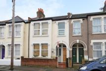 Maisonette for sale in Fairlight Road, Tooting...