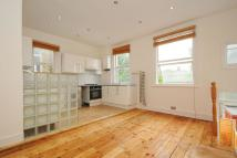 3 bedroom Maisonette in Salterford Road, Tooting