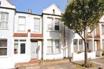 2 bed Terraced property in Fairlight Road, Tooting