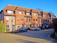 4 bed Town House to rent in Linden Chase...