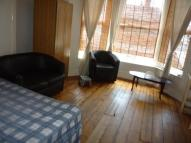Studio apartment to rent in Ninian Road, Cardiff...