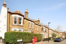 3 bedroom Maisonette in Thurlby Road...