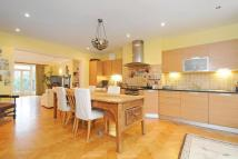 3 bed Flat for sale in Menelik Road...