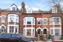 3 bedroom Flat for sale in Dynham Road...