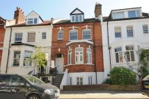 Maisonette in Kingdon Road...