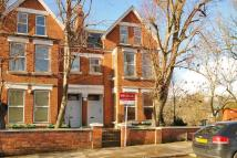 Flat for sale in Minster Road...