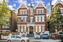 Flat for sale in Cleve Road...