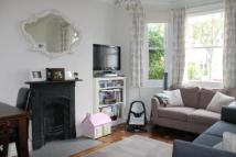 Flat to rent in Mayfield Avenue, Ealing...