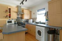 1 bed Flat to rent in New Road, Brentford...