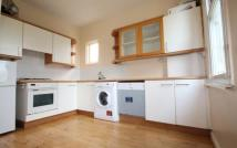 Somerset Road Terraced house to rent
