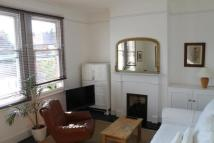 Flat in Northcroft Road, Ealing...