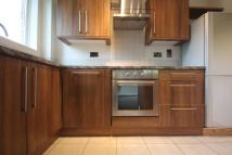 Flat to rent in Murray Road, Ealing, W5