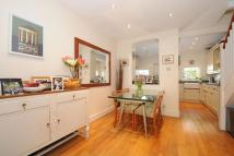 2 bedroom Cottage in Medfield Street, Putney