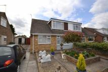 Semi-Detached Bungalow in Draycott Avenue, Hornsea...