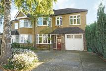 5 bed semi detached house in Copse Avenue...
