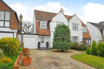 3 bedroom semi detached house in Wickham Chase...