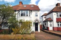 4 bed semi detached property for sale in Cherry Tree Walk...