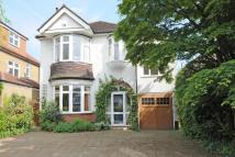 4 bed Detached property in Addington Road...