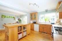 5 bed semi detached home in Hawes Lane, West Wickham