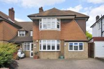 4 bedroom semi detached house in Temple Avenue, Shirley