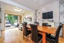 5 bedroom semi detached home for sale in Croydon Road...