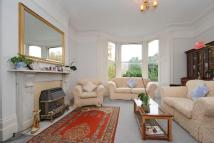 2 bedroom Flat in Thornton Hill, Wimbledon...